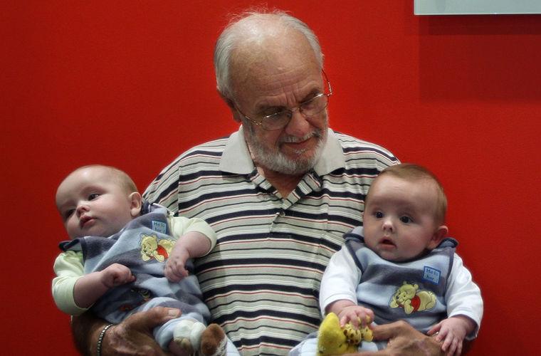Человек с «золотой кровью» спас 2 млн детей