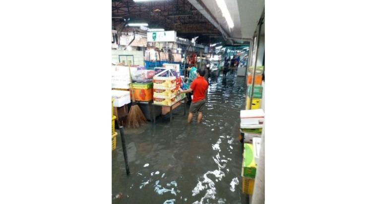 Шторм обрушился на Таиланд в пик сезона
