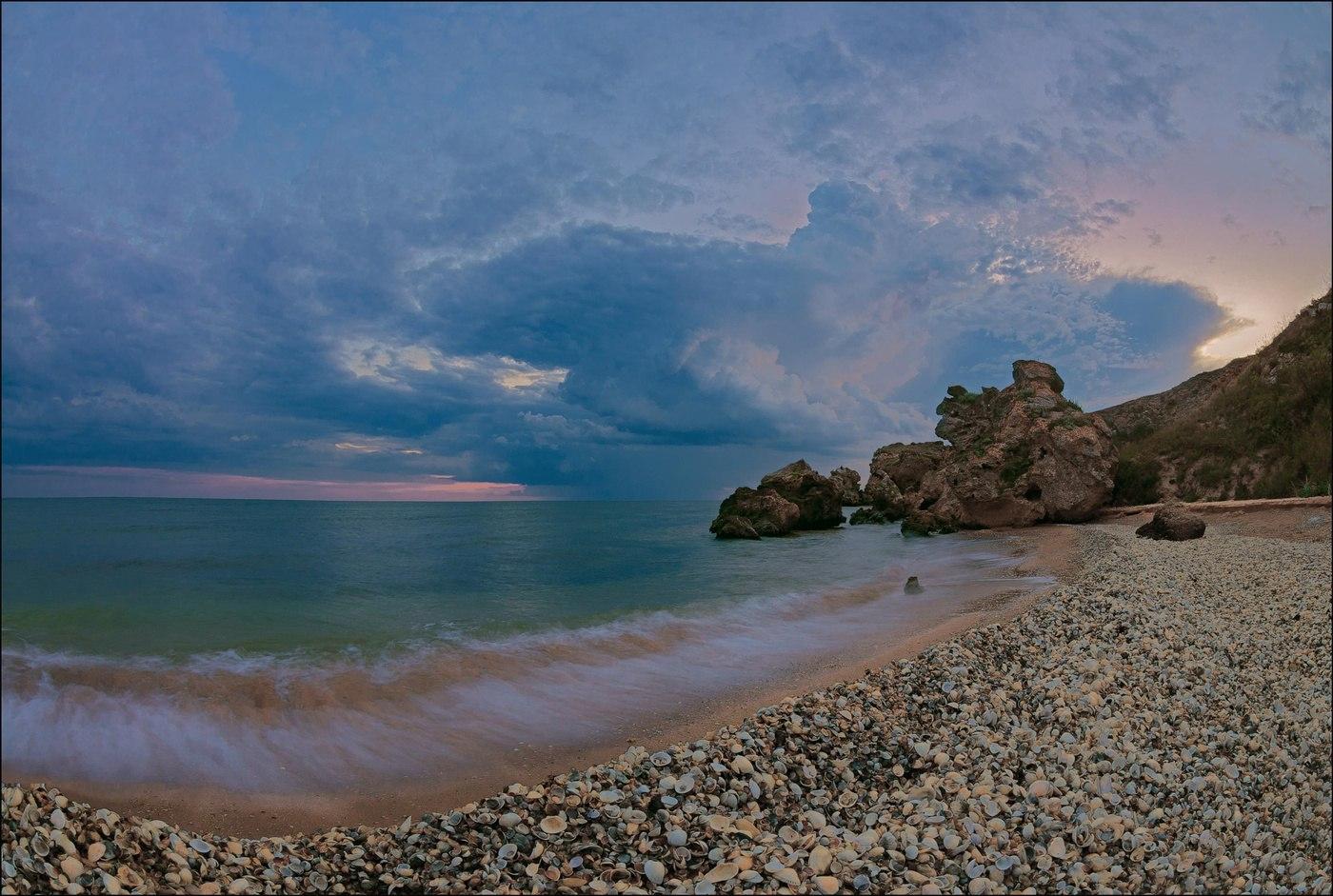 В воскресенье в Крыму до 25 градусов тепла, дожди и грозы