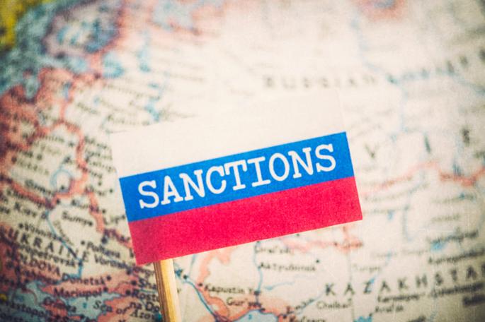 Демонстративная лояльность: к антикрымским санкциям присоединились 4 страны