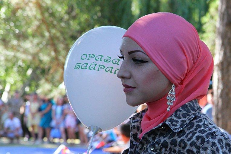 Аксёнов поздравил мусульман с праздником Ораза-байрам