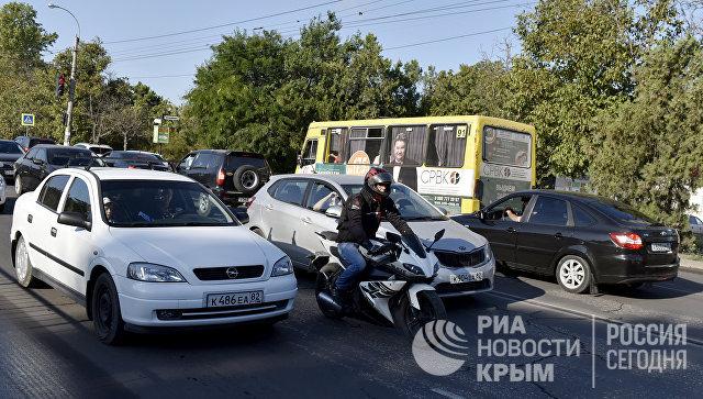 """Новые знаки, светофоры и """"лежачие"""": в Симферополе меняется схема движения"""