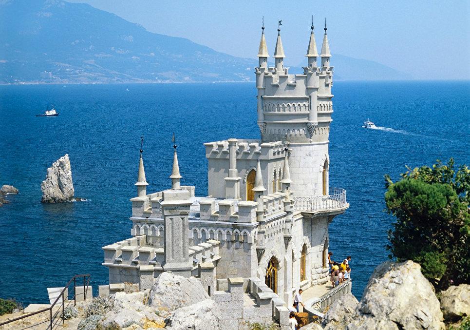 Ярко и с изюминкой: лучшие места для селфи в Крыму