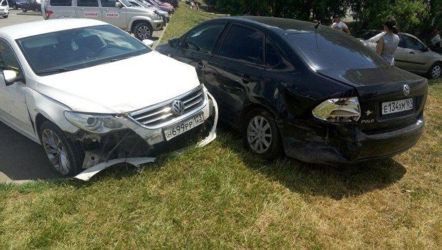 В Симферополе автоледи протаранила четыре авто