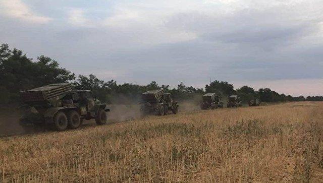 Украинская артиллерия провела учения на границе с Крымом