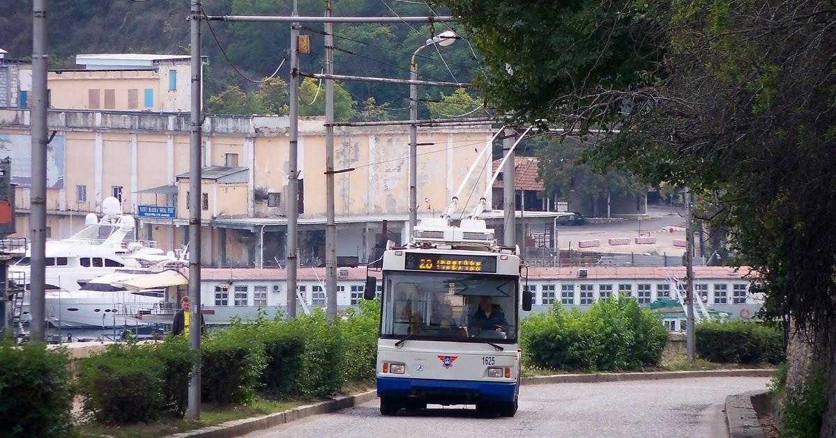 В Севастополе из-за ремонта на спусках к вокзалу и к Пожарова ограничат движение