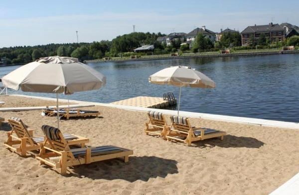 Новые пляжи и места отдыха у воды появятся в Подмосковье летом