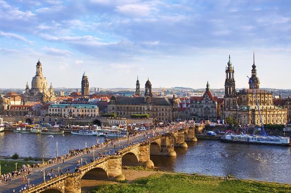 Дрезден и Петербург укрепляют туристические связи