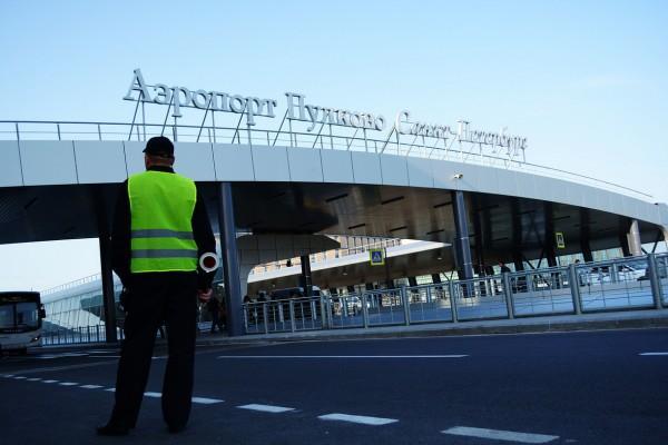 «Пулково» запустил единые стойки регистрации и сдачи багажа