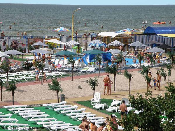Составлен рейтинг самых популярных на День России нечерноморских курортов