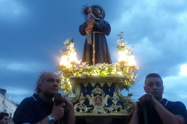 День святого Антония Падуанского празднуется 13 июня в Падуе