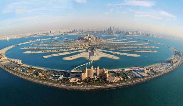 В ОАЭ отменили визы для транзитных туристов