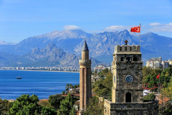 Анталья приняла рекордное число иностранных туристов с начала года