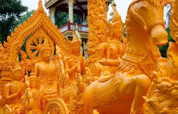 Парад свечей-гигантов проведут в Убонратчатхани