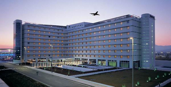 Российским аэропортам разрешили размещать отели на территории пунктов пропуска