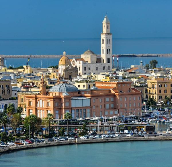 Итальянский регион Апулия ожидает рост турпотока из РФ благодаря открытию рейса в Бари
