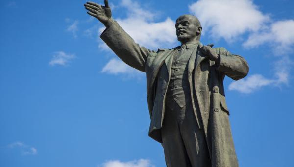 Памятник Ленину и танк Т-34 пополнили список культурного наследия Иркутской области
