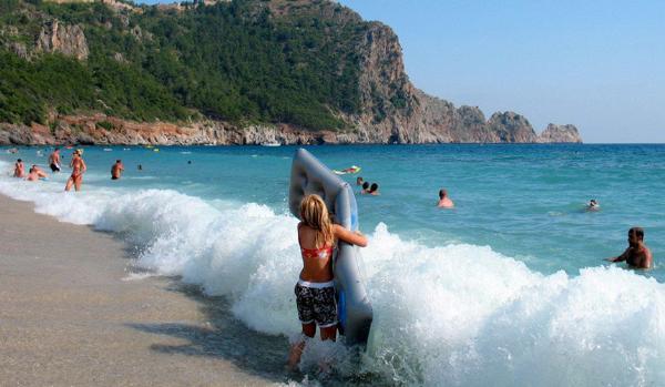 Волна падения цен на туры докатилась до Турции