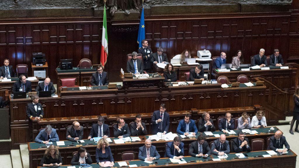 Италия готова снять с России санкции и обсудить статус Крыма