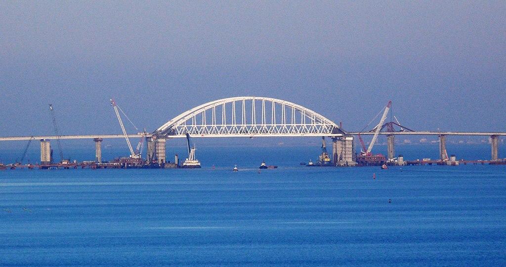 Прямая угроза: на Украине раздувают новую истерику вокруг Крымского моста