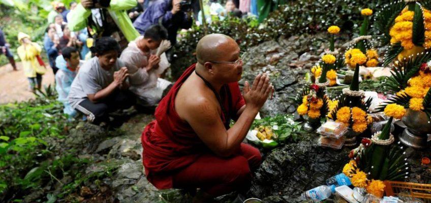Черная неделя в Таиланде — 7 дней продолжаются поиски пропавших в пещере детей