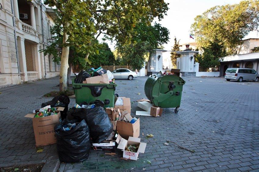 Снижение тарифов на мусор в Севастополе все еще зависит от Москвы