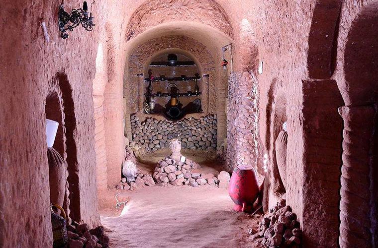 Мужчина вместо погреба выкопал подземный храм глубиной с семиэтажный дом