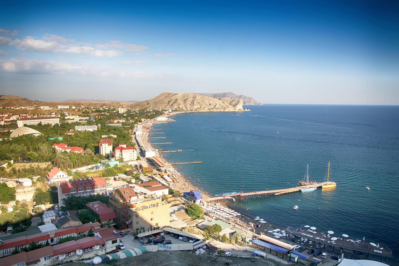 Почти 1,5 млн туристов отдохнули в Крыму с начала года