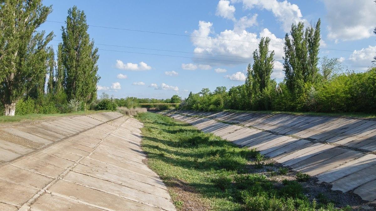 Безысходность и жажда: на Украине не оставляют попыток «очернить» Крым в курортный сезон