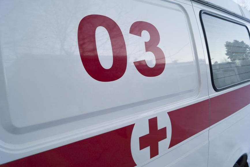 Крупное ДТП в Крыму: столкнулись КамАЗ и микроавтобус
