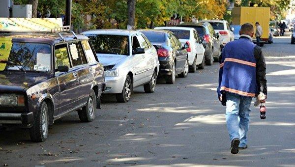В Симферополе построят 14 новых парковок