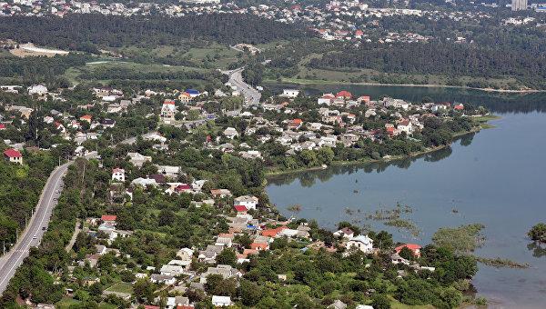 Вода наступает: в Крыму поднимутся реки, возможен сход селей