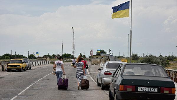 """Не работает: Украина обвинила Россию в """"глушении"""" радио на границе с Крымом"""