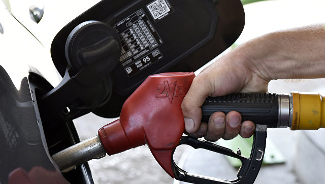 В Крыму нефтетрейдер заплатит миллион за подкуп полицейского