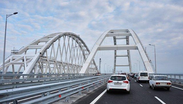 В июле интенсивность движения по Крымскому мосту выросла почти на 45%