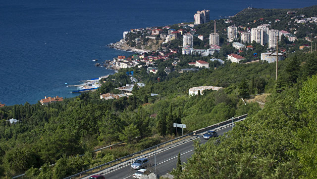 Названы самые грязные дороги Крыма