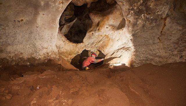 """Ради безопасности и от любопытных: вход в пещеру под """"Тавридой"""" закрыт"""