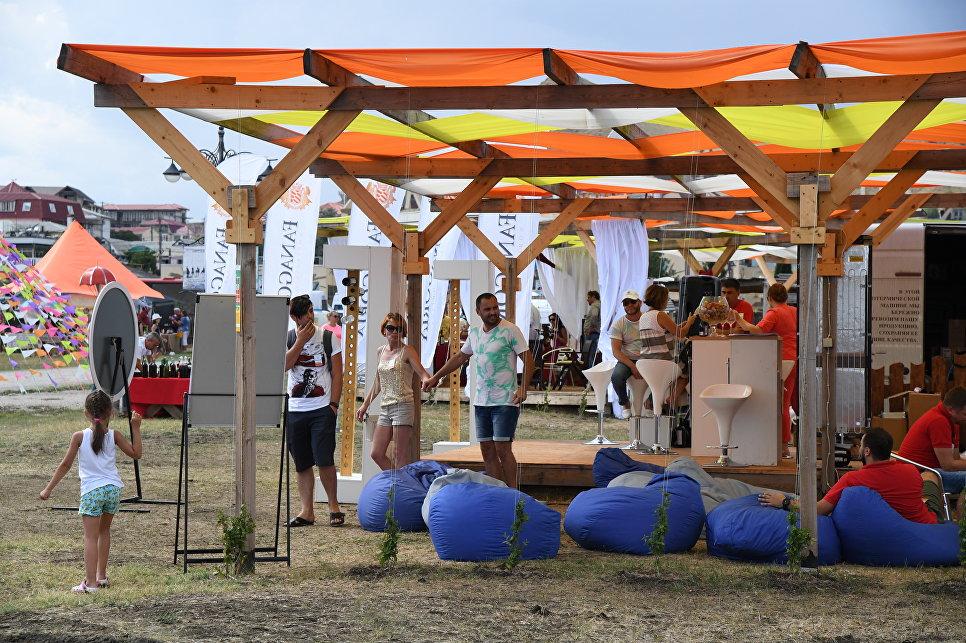 В Коктебеле открылся фестиваль In Vino Veritas