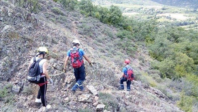 Крымские спасатели сняли с гор трех туристок