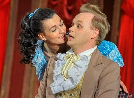 Омичи привезли добрый русский театр в Севастополь