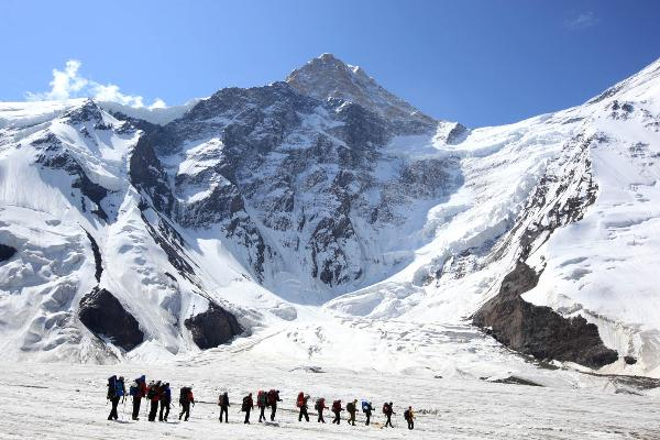 Киргизия может лишиться туристов – в стране нет спасательных вертолетов