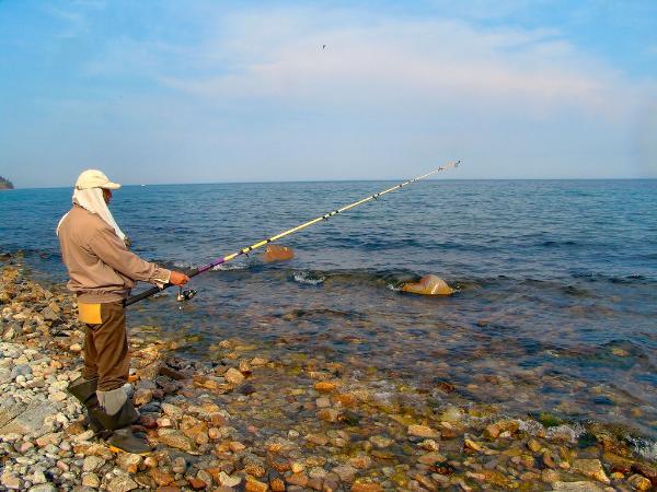 Ограничения доступа рыбаков к водоемам выявлены в 30 регионах России