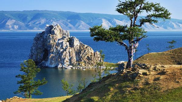 Байкал попал в ТОП-3 мест, где мечтают побывать россияне