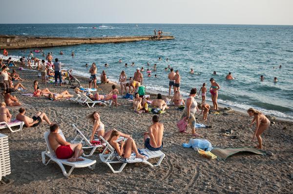 В мае-июне курорты Кубани приняли 3,2 миллиона туристов
