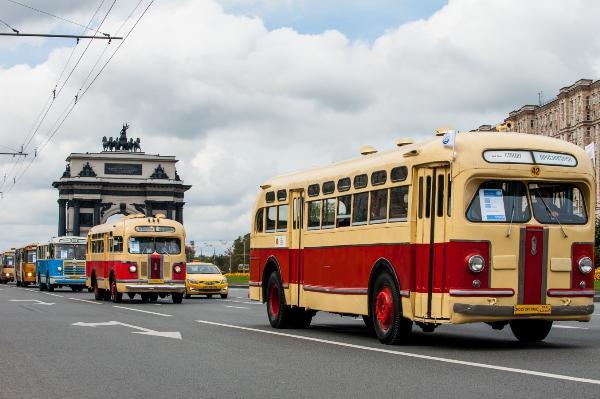Около 100 тысяч человек ожидается на празднике московского транспорта