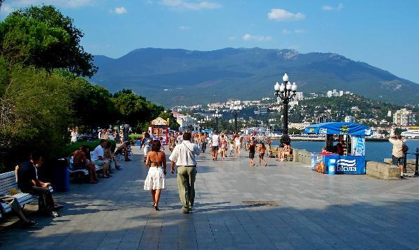 Половина отдыхающих в Сочи и Крыму – из Москвы