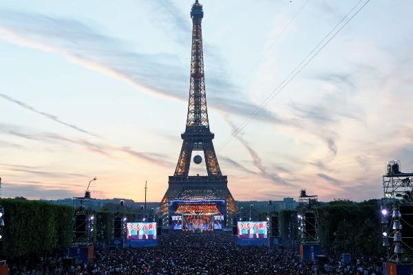 Эйфелева башня будет закрыта для посещения в день финала ЧМ-2018