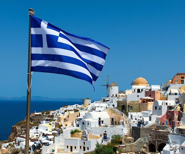 Греция дорожает, но российских туристов не теряет