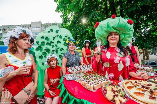 Около 5 тысяч гостей ожидается на фестивале «Вишневый сад» в Тамбовской области
