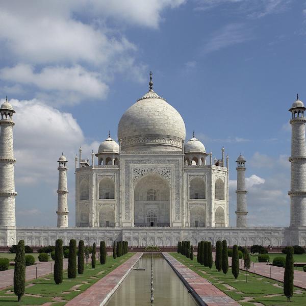 Верховный суд Индии пригрозил властям страны снести Тадж-Махал
